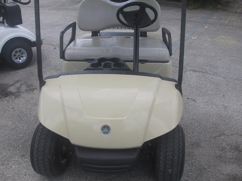 2016 Yamaha gas beige golf car